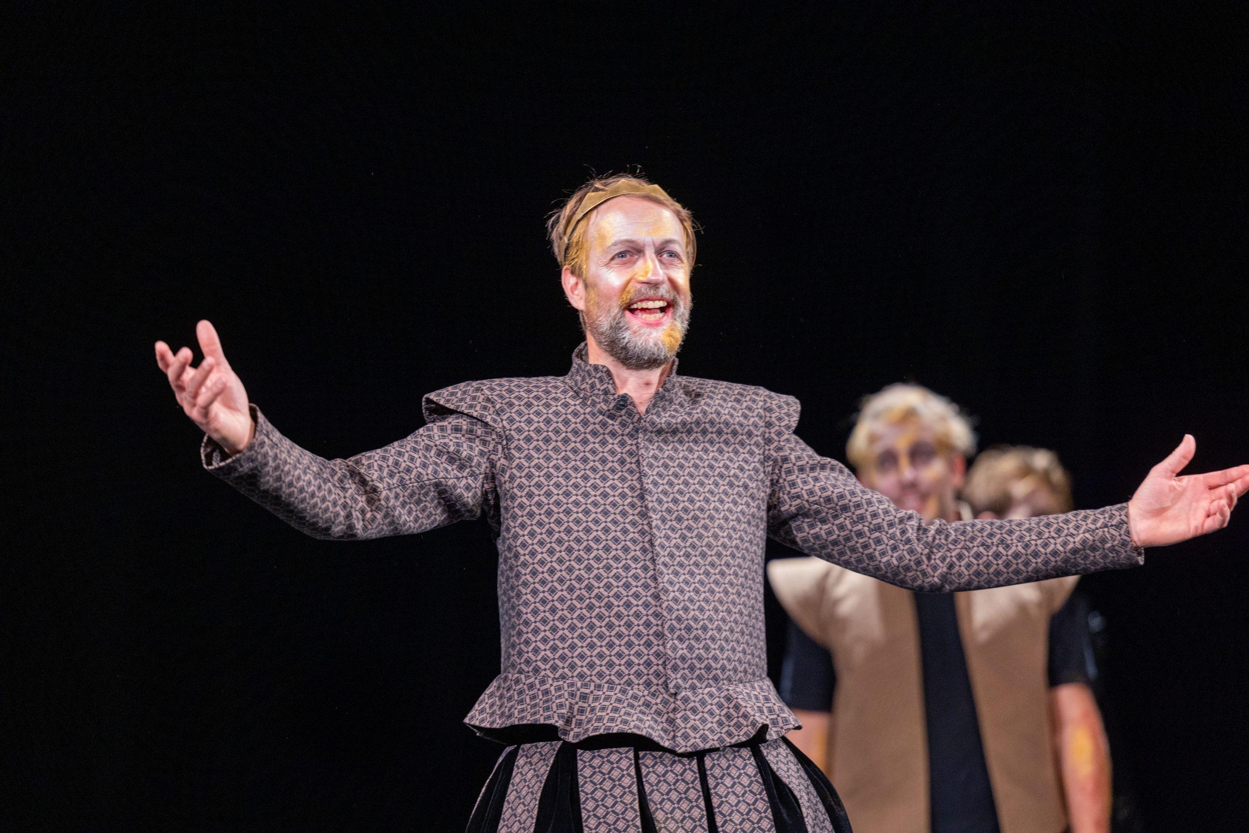 Martin als Duncan in Macbeth, TRheater Lüneburg 2021